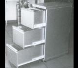 Mobile a tre cassetti